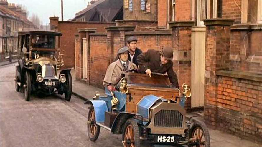 Classic Cars on Film: Carry on Screaming!