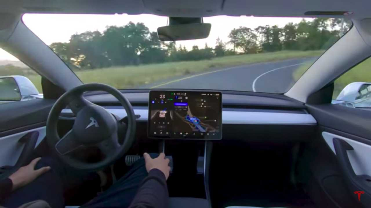 Tesla стала роботом. Почти.