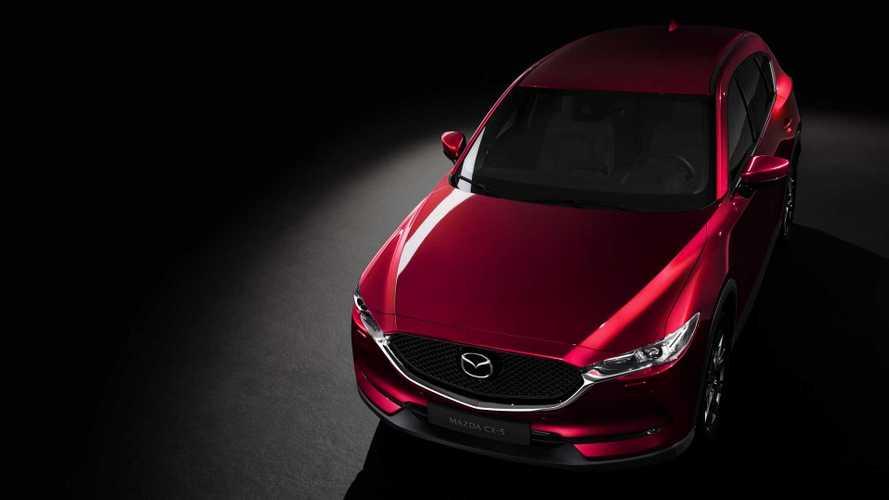 Mazda CX-5, aggiornamenti per il SUV giapponese