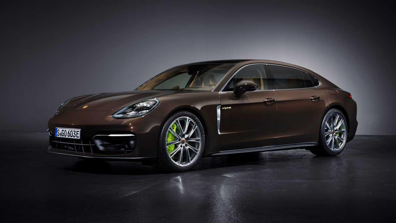 Porsche Panamera S E-Hybrid (2021): dianteira 3/4