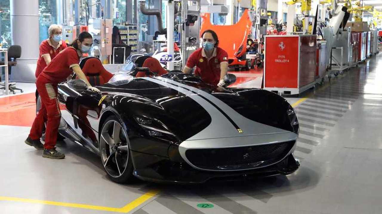 Fase 2, le foto dalle fabbriche auto che ripartono
