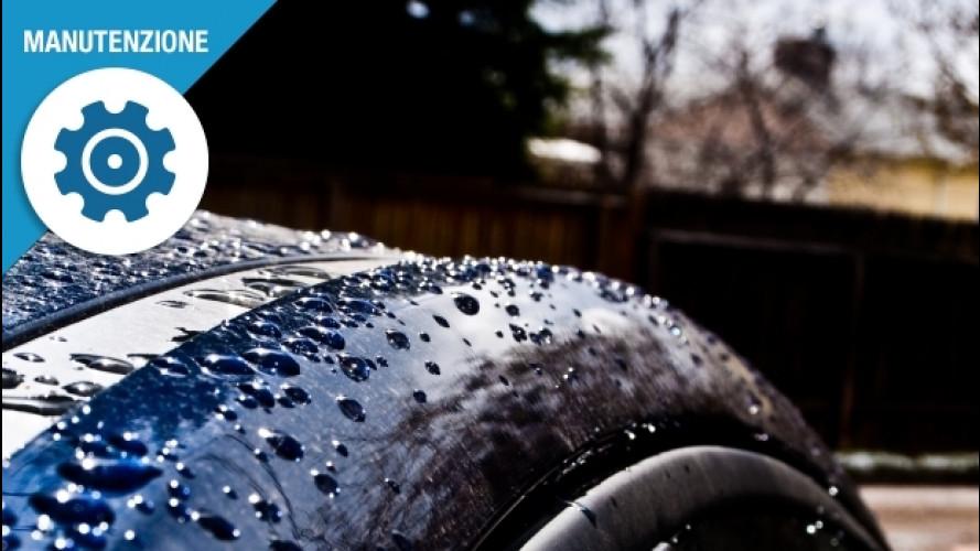 Pioggia, 3 dritte per proteggere l'auto senza