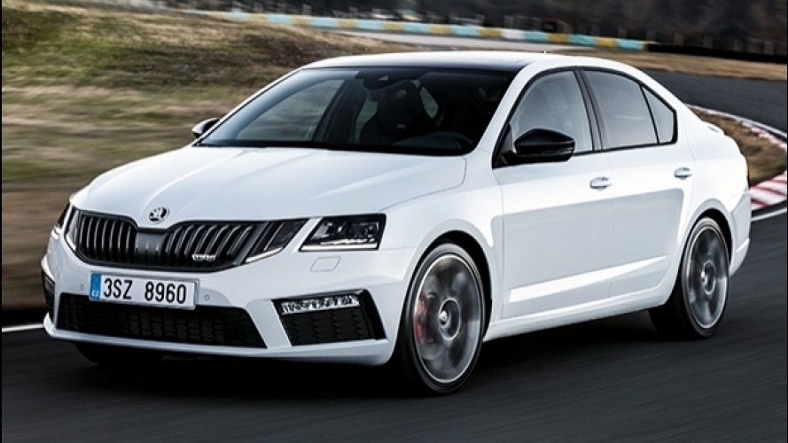 Skoda Octavia RS restyling, 230 CV e fari full LED