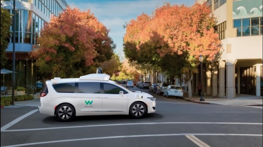 Chrysler Pacifica si veste da Google Car