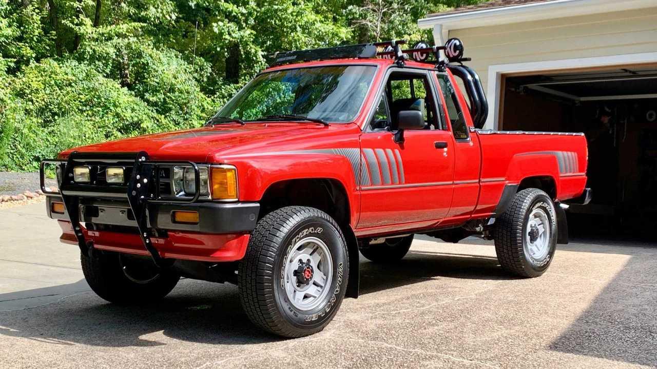 1987 Toyota SR5 Pickup Survivor Hides A Supra Turbo