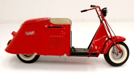Take a ride on this 1950 cushman step through scooter