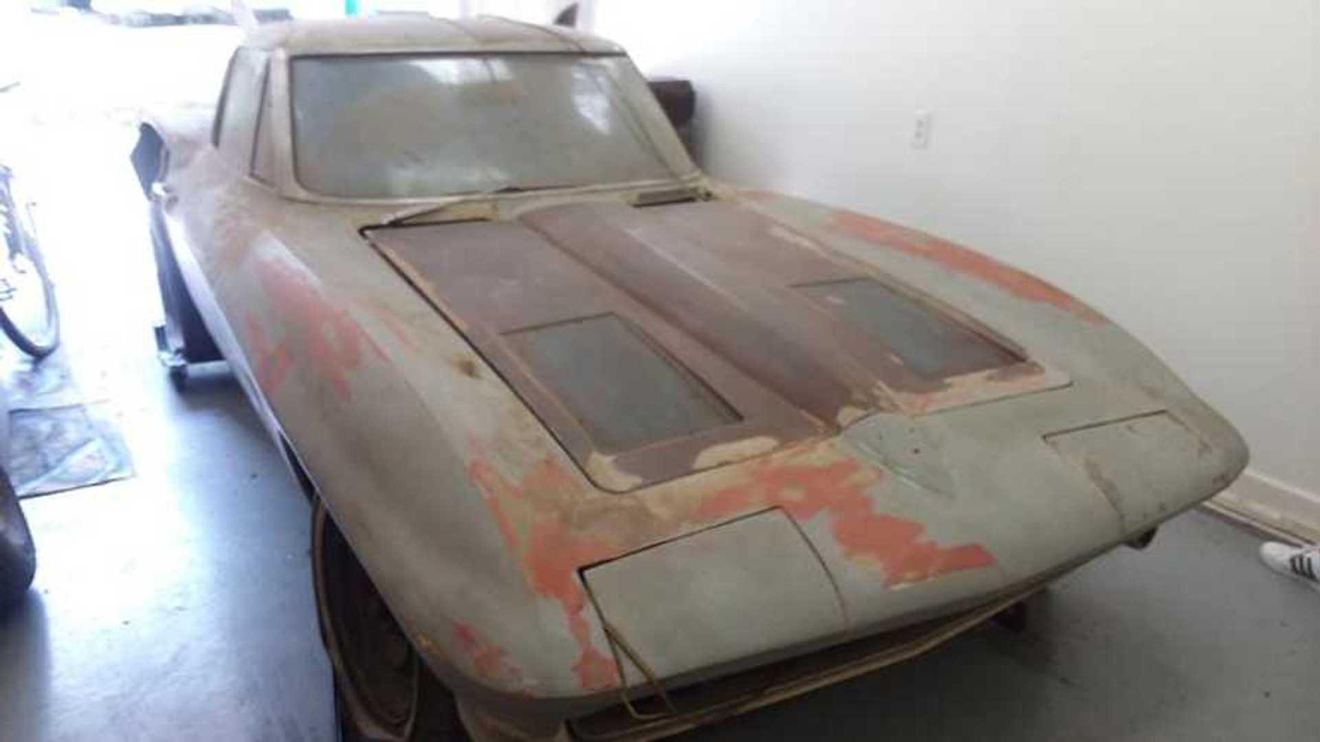 """[""""Your Next Project Car: 1963 Corvette Split Window""""]"""