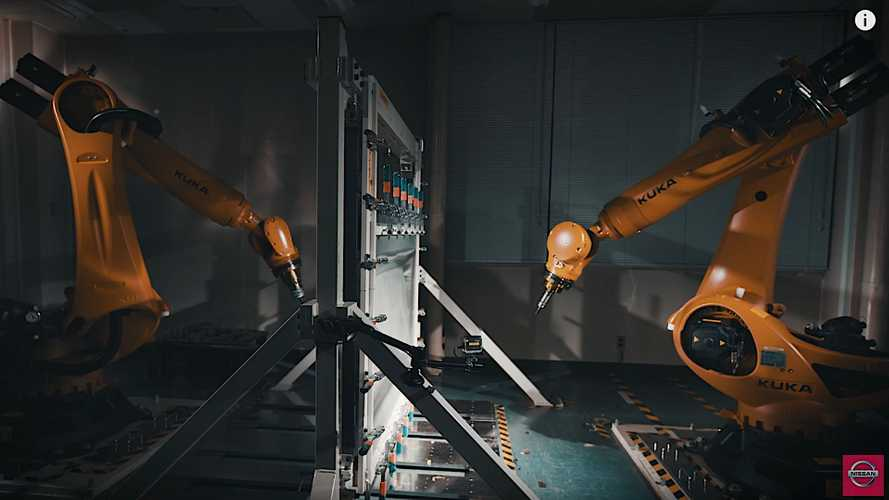 Watch As Nissan Teaches Robots To Make Classic Parts