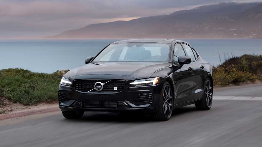 Volvo traz ao Brasil S60 e XC60 Polestar, híbridos e com até 412 cv
