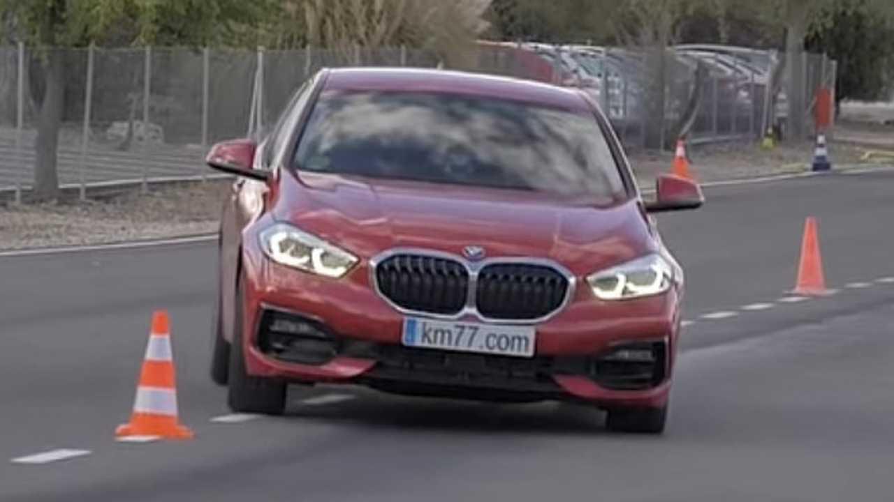 BMW 1 Series moose test