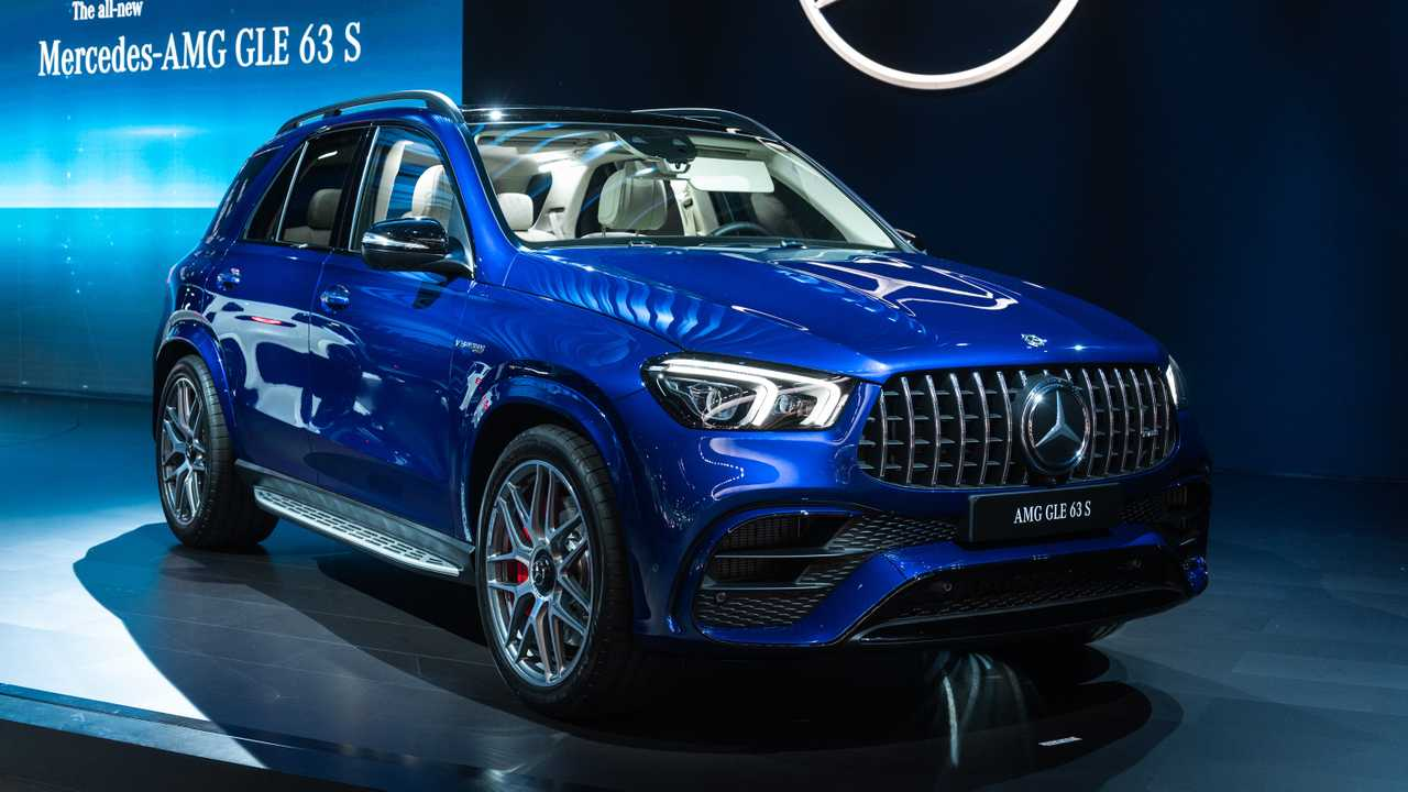Amg Gle 63 >> 2021 Mercedes Amg Gle 63 S And Gls 63 Power Into L A With