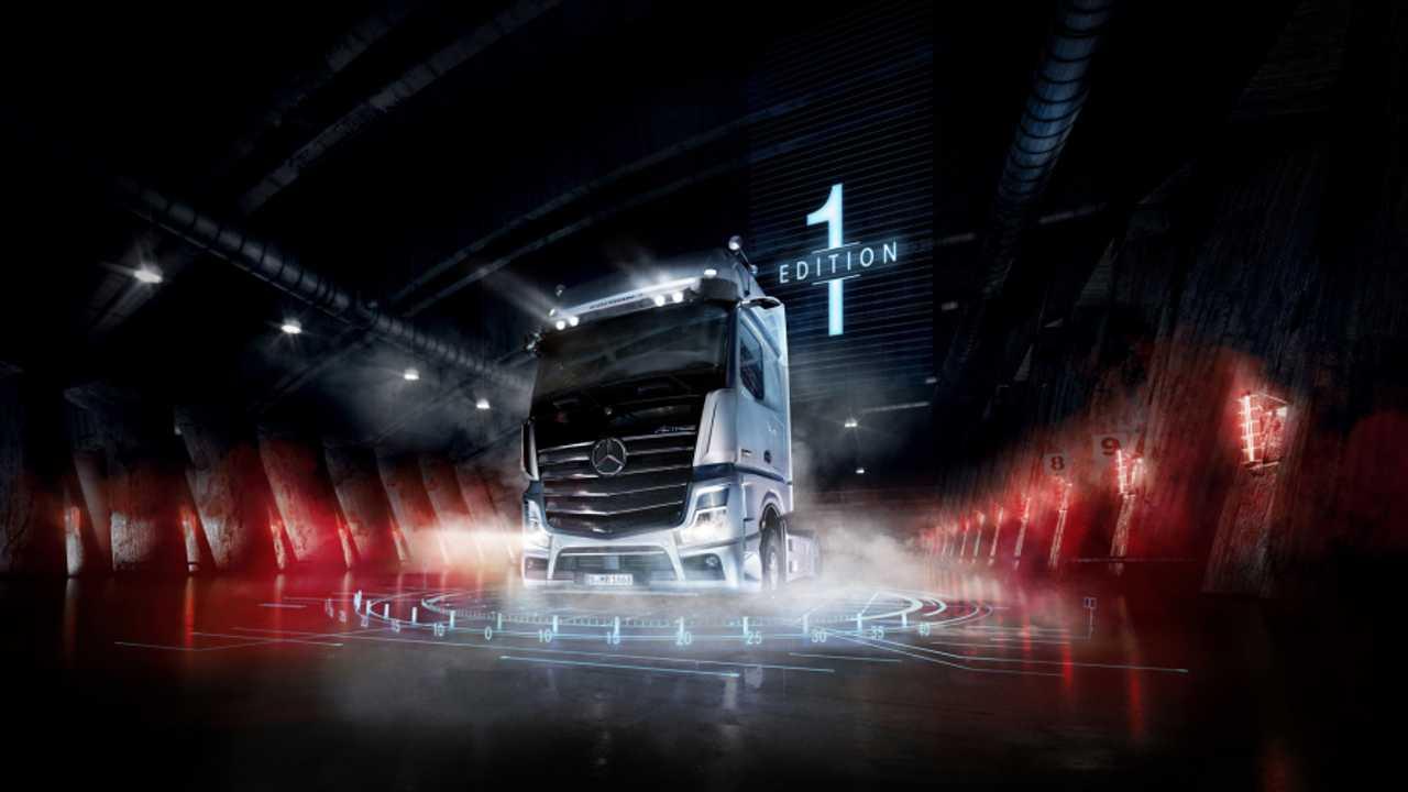 Mercedes-Benz, il nuovo Actros è anche elettrico