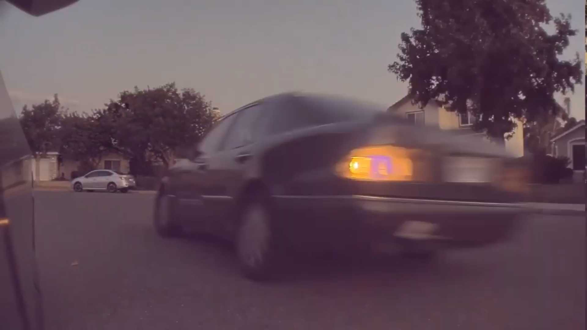 Sentry Mode Captures Swerving, Spinning & Out Of Control Mercedes-Benz