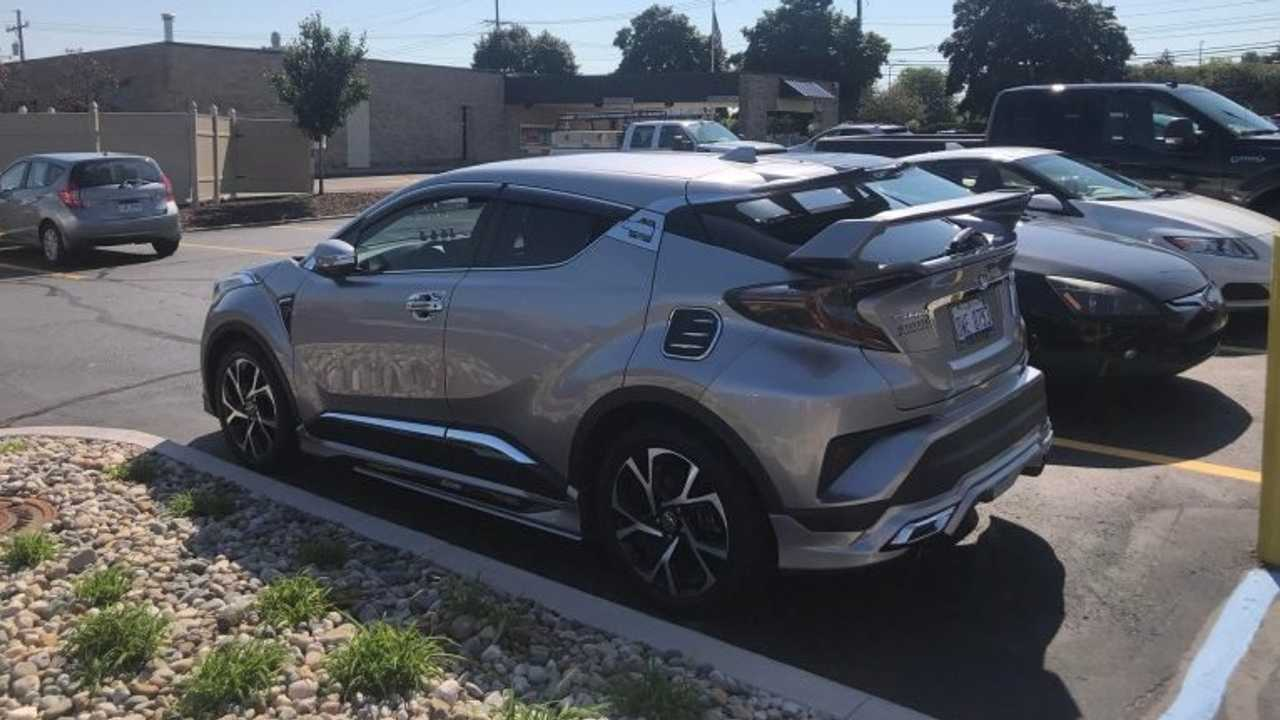 Toyota C-HR tuneado