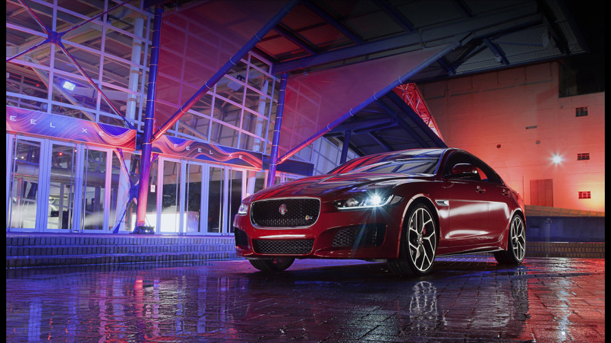 Jaguar XE, mega-presentazione da musical londinese [VIDEO]