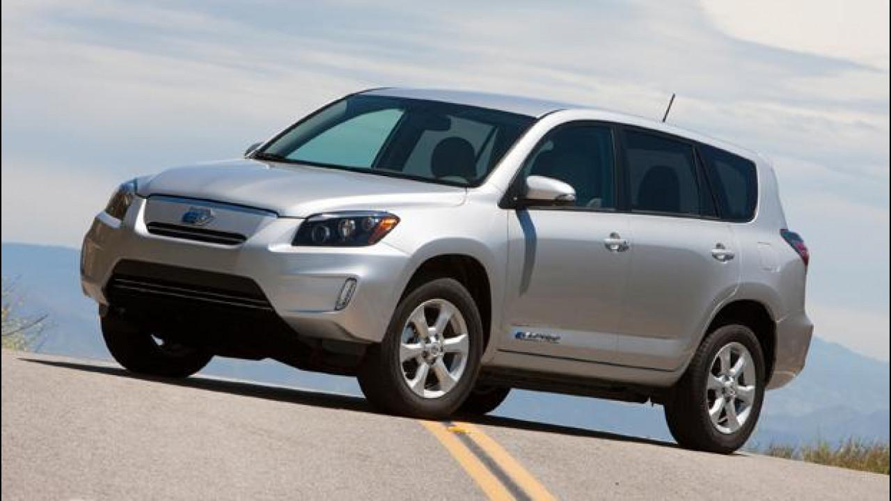 [Copertina] - Nuova Toyota RAV4 EV, SUV elettrica per gli USA