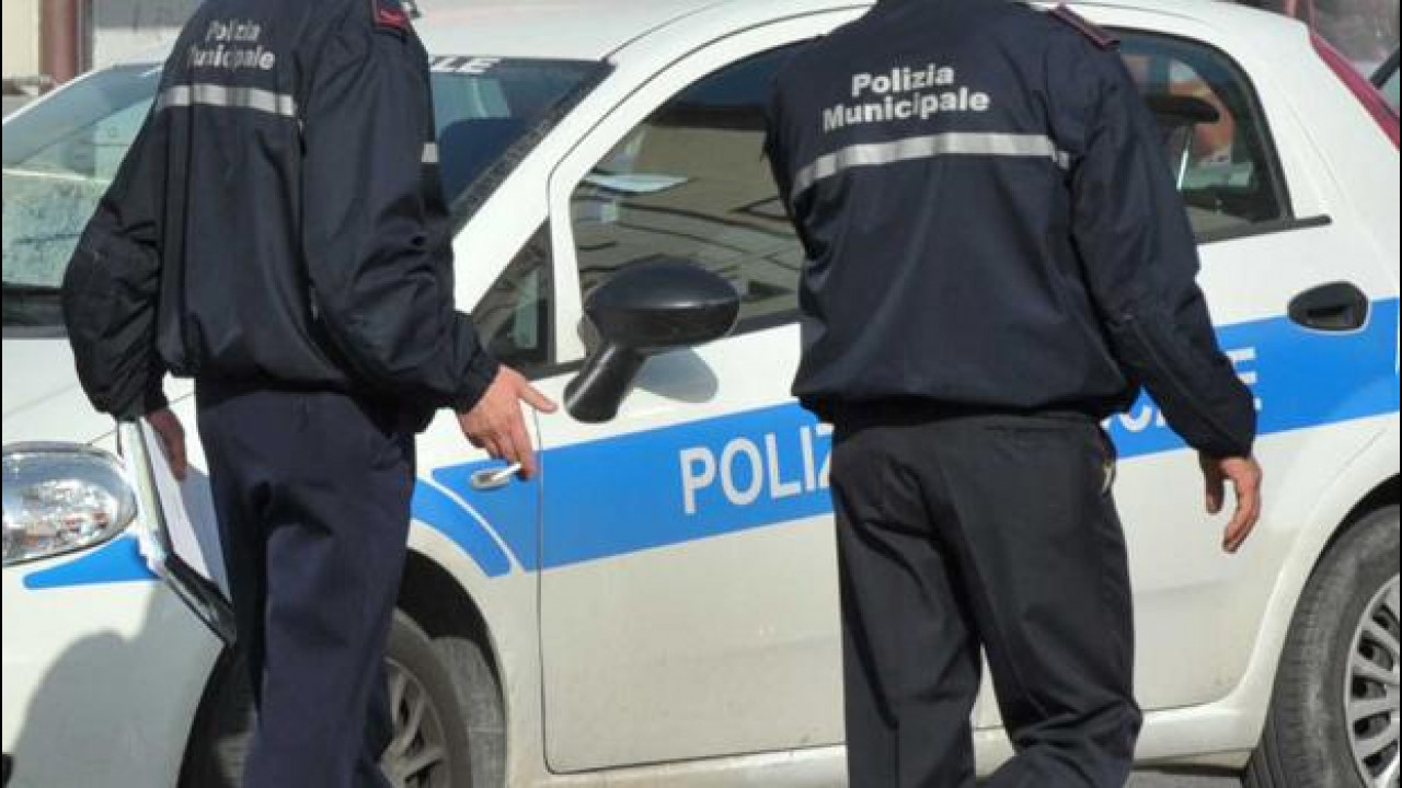 [Copertina] - UberPop, 6 patenti sospese e 6 auto sequestrate a Genova