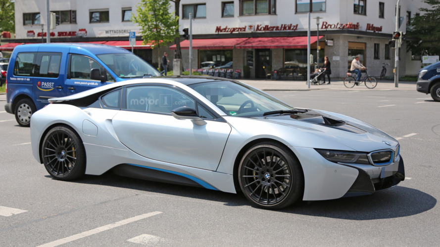 BMW i8 battery EV in development