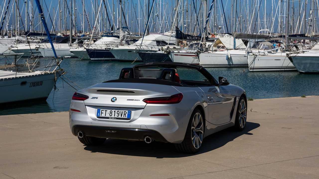 BMW Z4 la prova su strada ed in pista