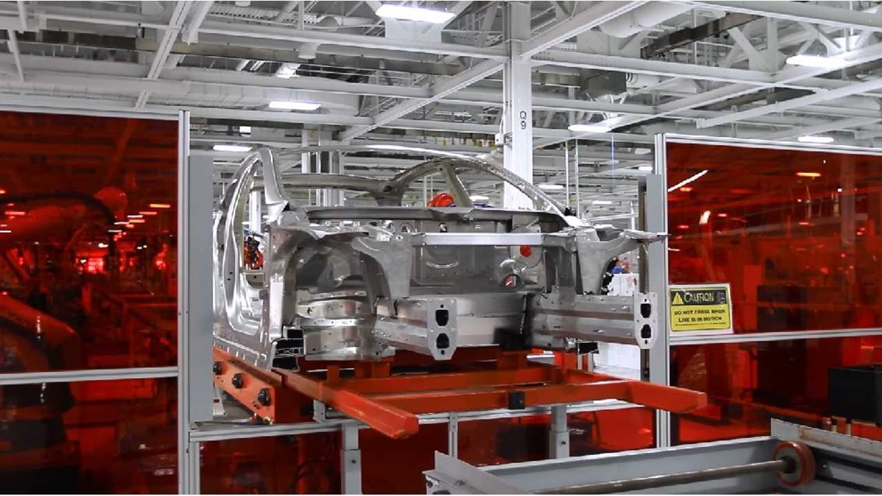 Tesla Model S Gets Titanium Underbody Shield And Aluminum Deflectors - BREAKING (videos)