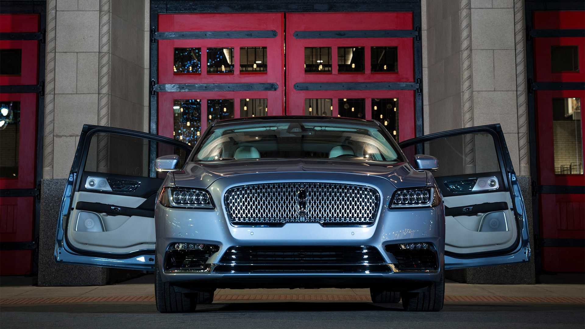 2016 - [Lincoln] Continental - Page 3 Lincoln-continental-80th-anniversary-coach-door-edition