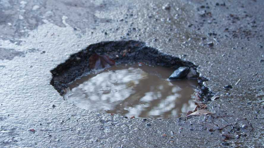 London's pothole count rises by a third in 12 months