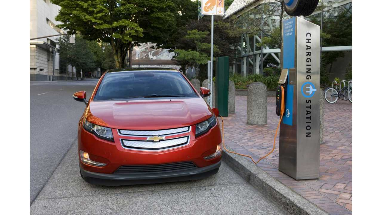 Hopefully, a $124 Fine Will Deter Gas Vehicles From Occupying EV Charge Points In Washington State