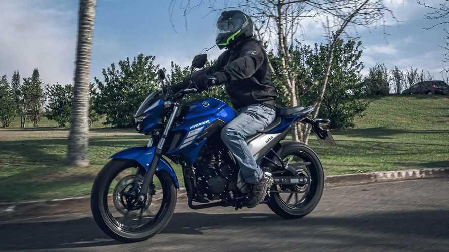 Yamaha Fazer 250 2022 muda mais que cores e adesivos