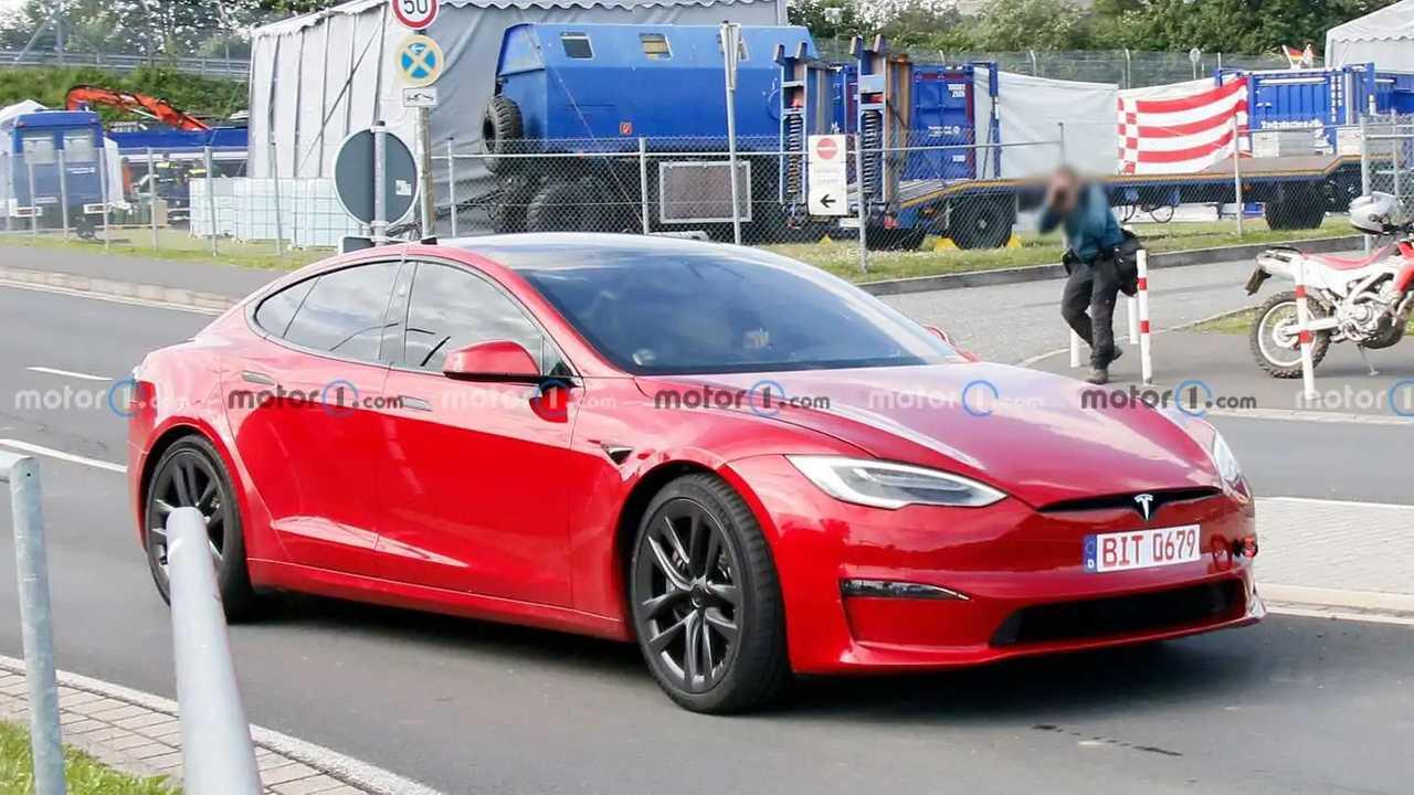 Tesla Model S Plaid spied at the Nurburgring