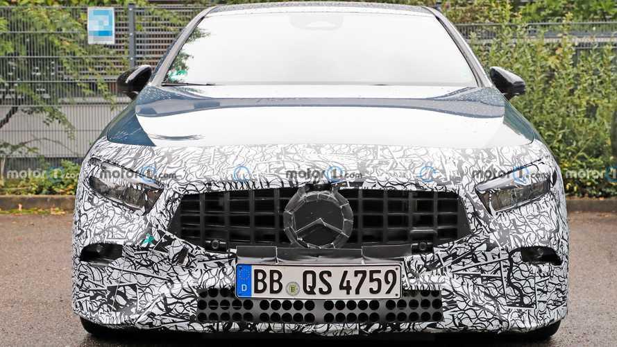 Makyajlı Mercedes-AMG A35 casuslarımız tarafından görüntülendi