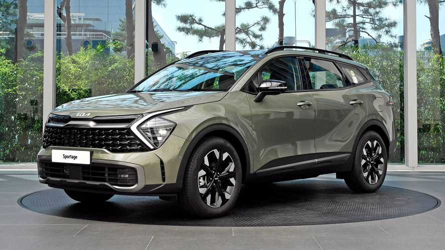 2022 Kia Sportage shows wild styling in first real images