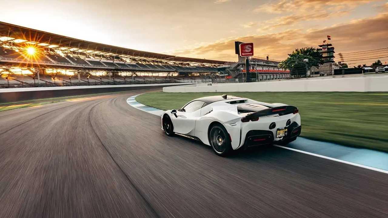Ferrari SF90 Stradale sets new Indy record