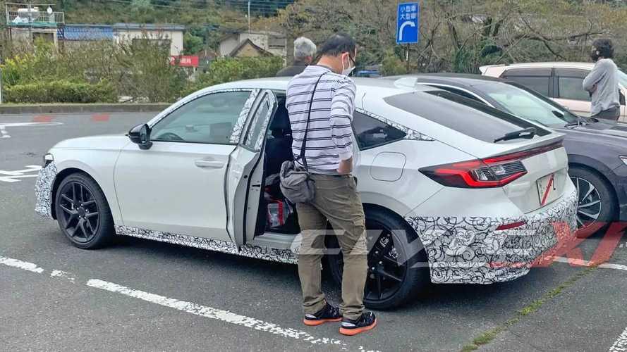 2022 Honda Civic Hybrid spy photos