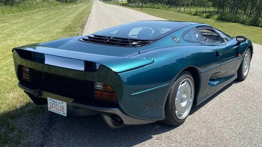 Jaguar XJ200 all'asta