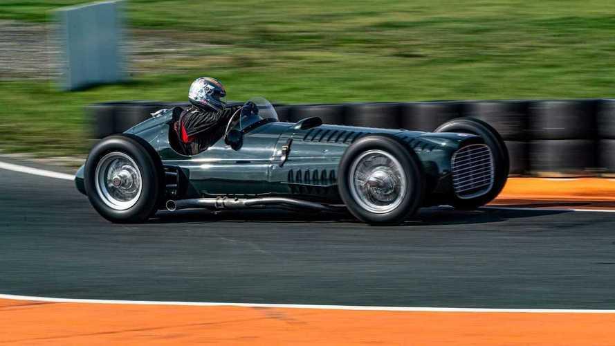 BRM reconstruye tres monoplazas de 1953 con motor V16