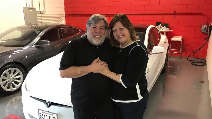 Apple kurucularından Steve Wozniak Tesla'ya inanmıyor
