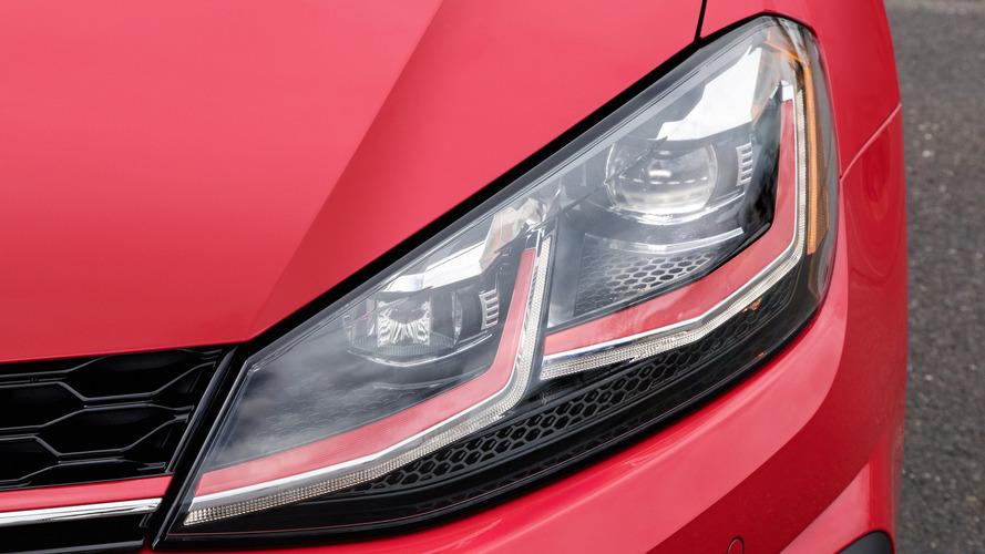 """Nagyobb teljesítménnyel érkezhetnek a következő VW Golf """"GTI"""" és """"R"""" modellek"""