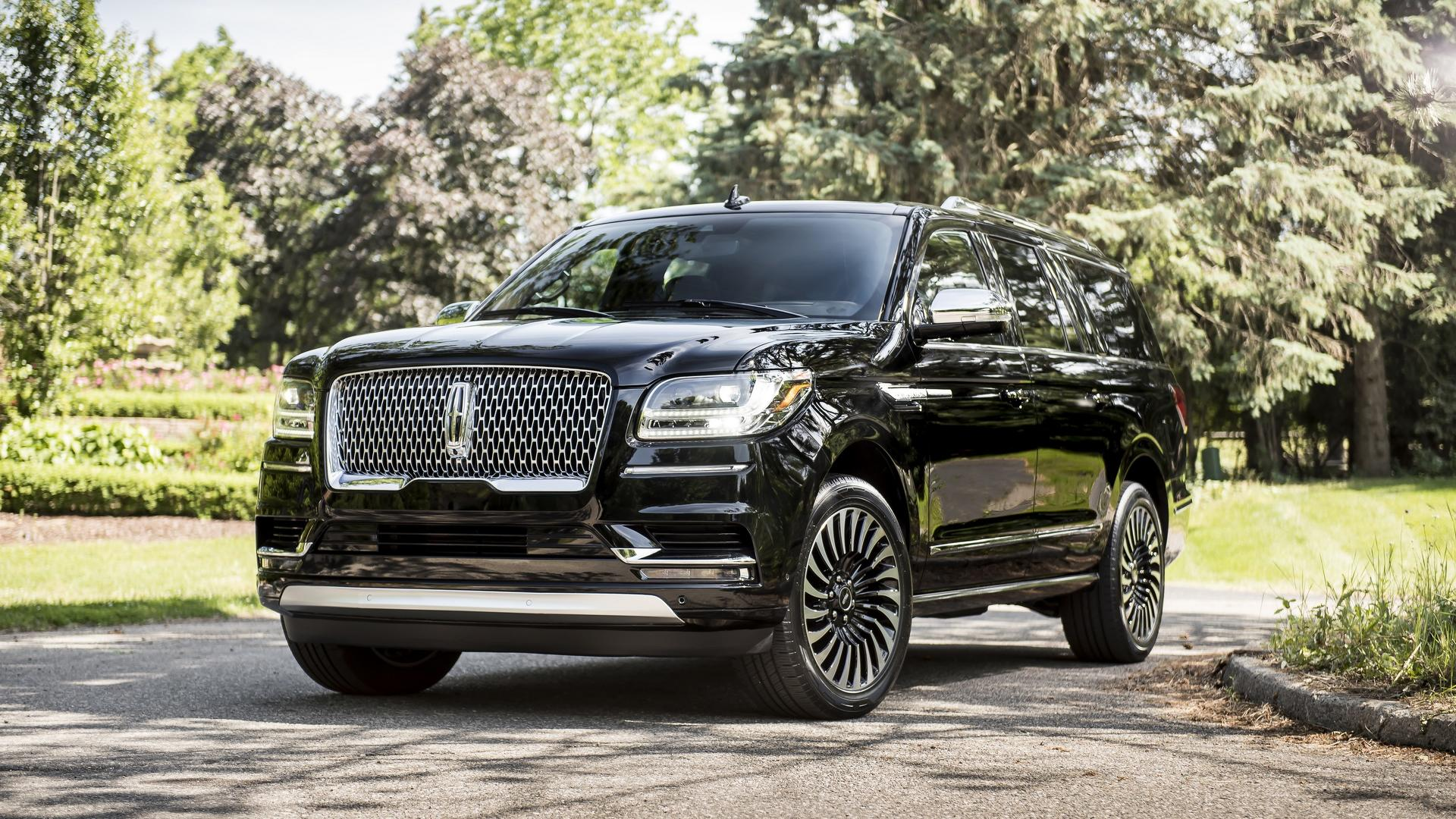 Lincoln Suv 2018 >> Most Expensive 2018 Lincoln Navigator Costs 104 595