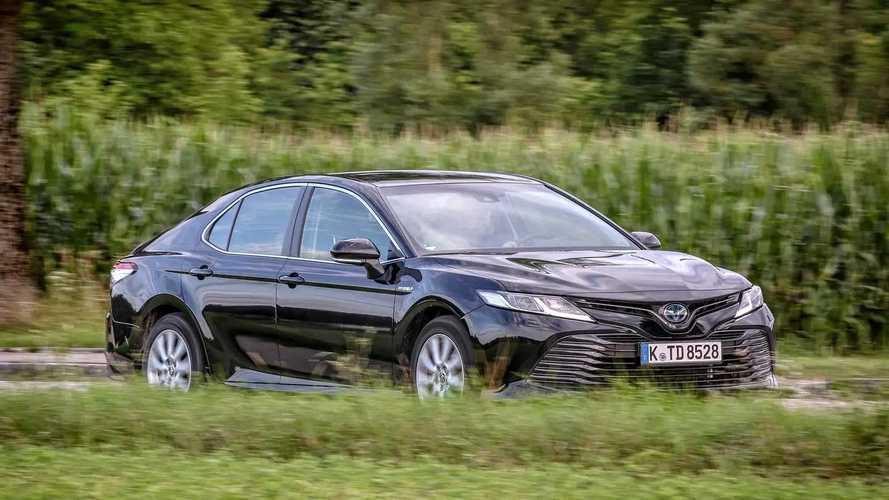 Toyota Camry Hybrid (2019) im Test