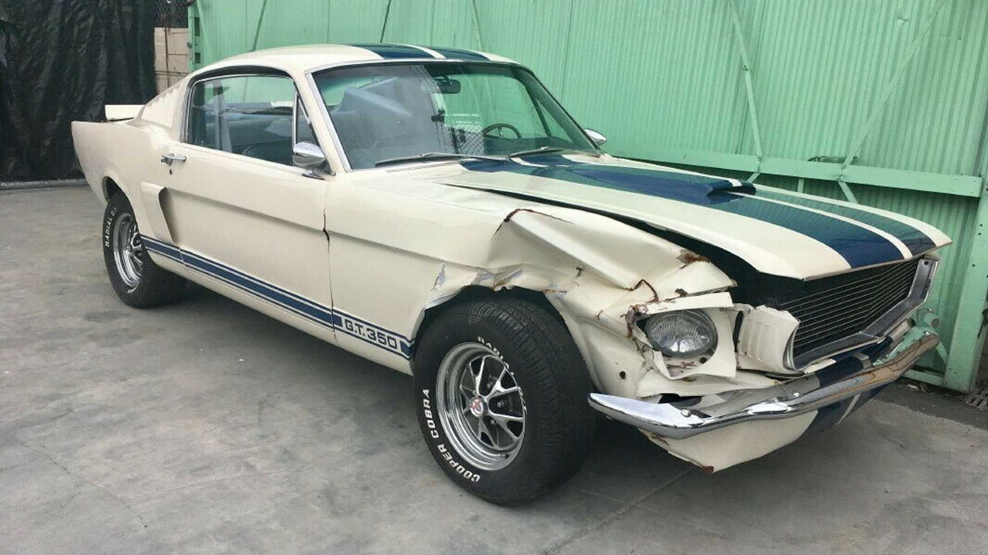 "[""1966 Ford Mustang Fastback""]"