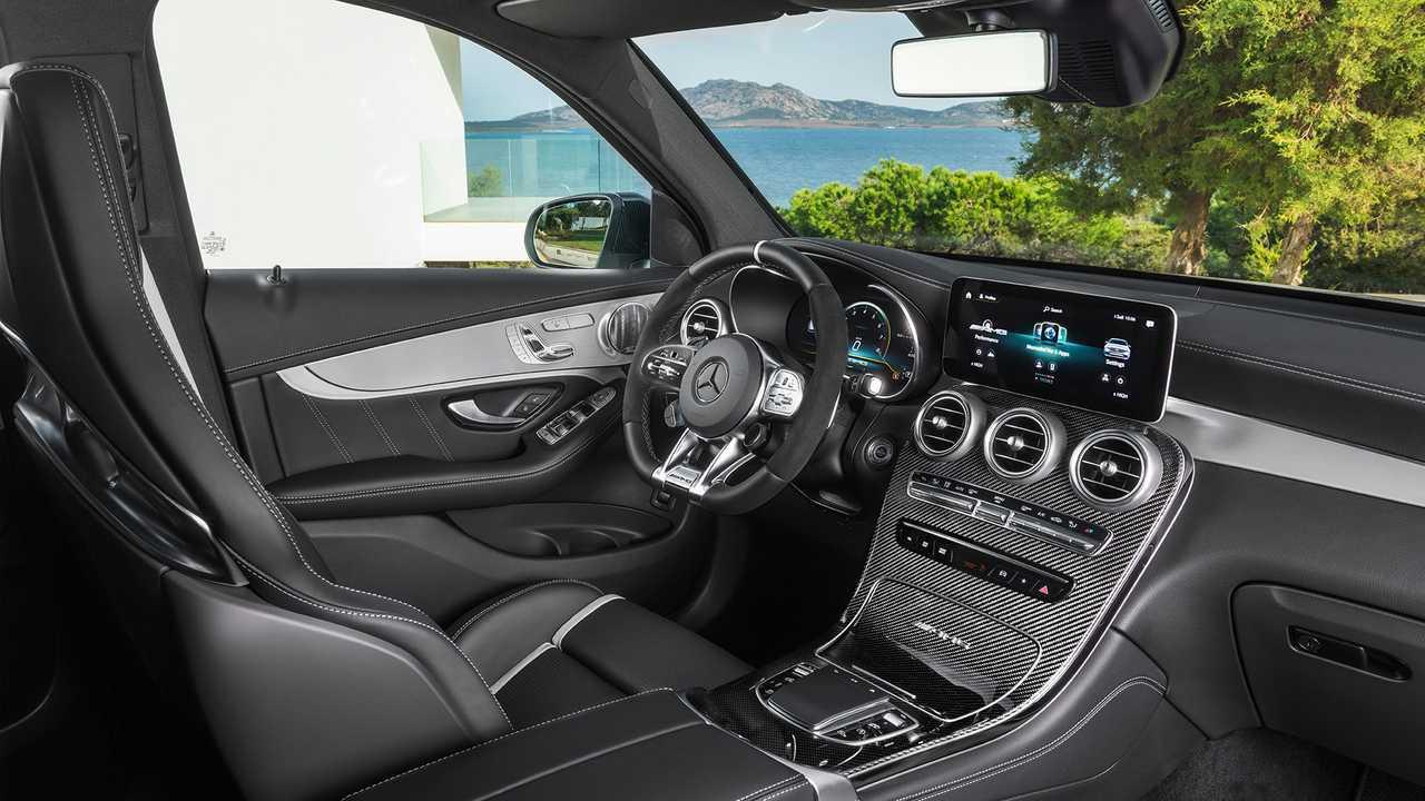 Novo Mercedes Amg Glc 63 4matic Chega As Lojas Por R 549 900