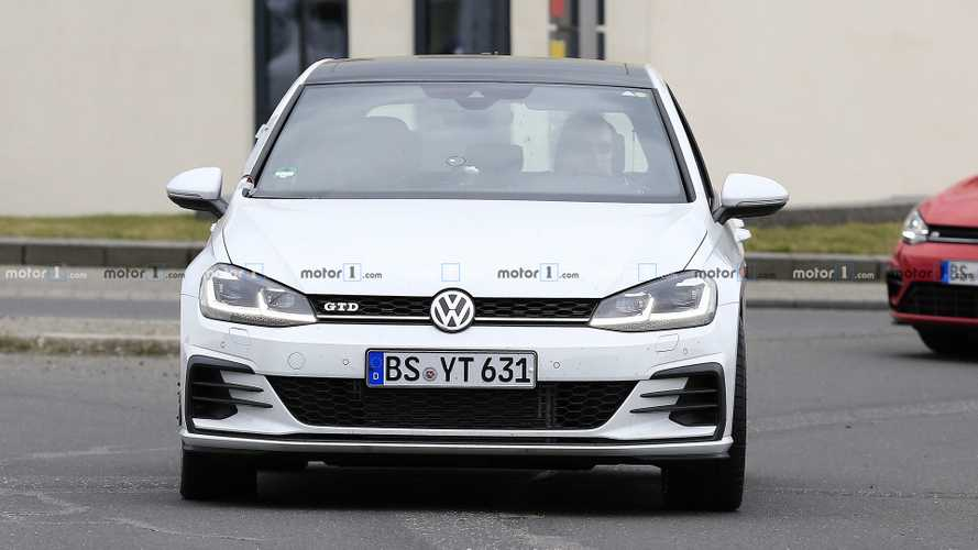 VW Golf GTD test mule