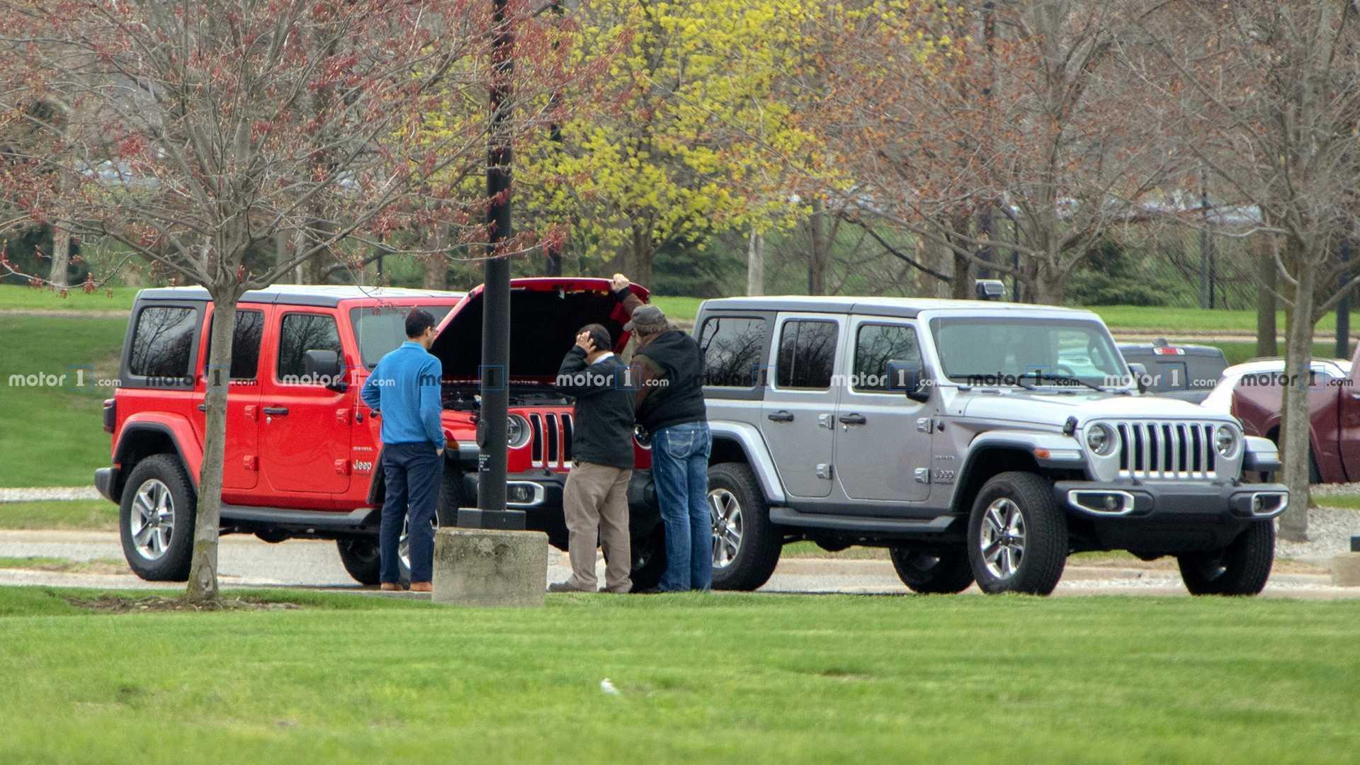 Jeep Wrangler Diesel >> 2020 Jeep Wrangler Diesel Spied Hiding In Plain Sight