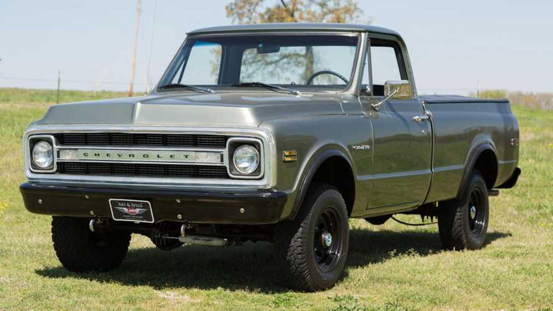 "[""Restored 1972 Chevrolet C10 Pickup Looks Quite Tactical""]"