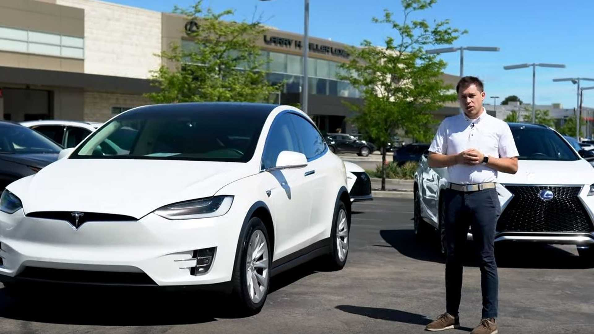 Dealership Pitches Self-Charging Lexus RX 450H Over Tesla Model X