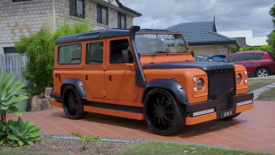 Hot Wheels Land Rover Defender