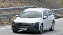 opel insignia sports tourer spied