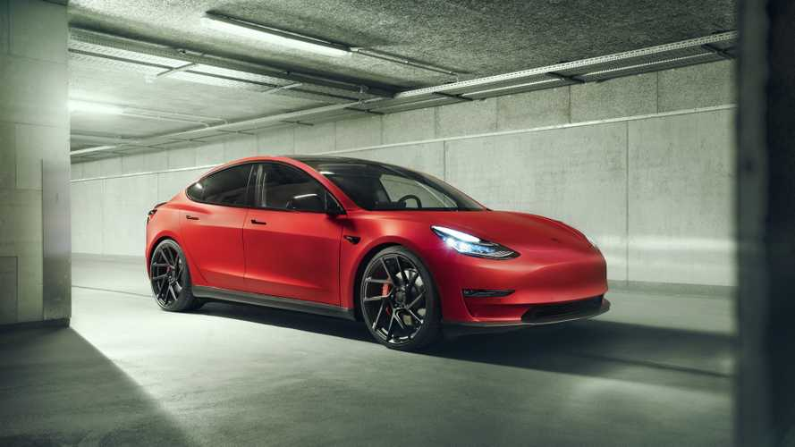Novitec Modifiyeli Tesla Model 3