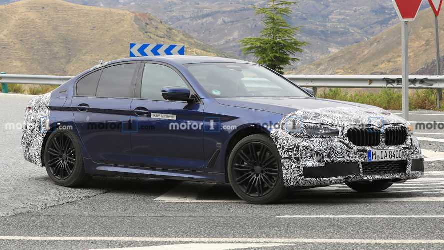 2021 BMW 5 Series Plug-In Hybrid Spied Testing
