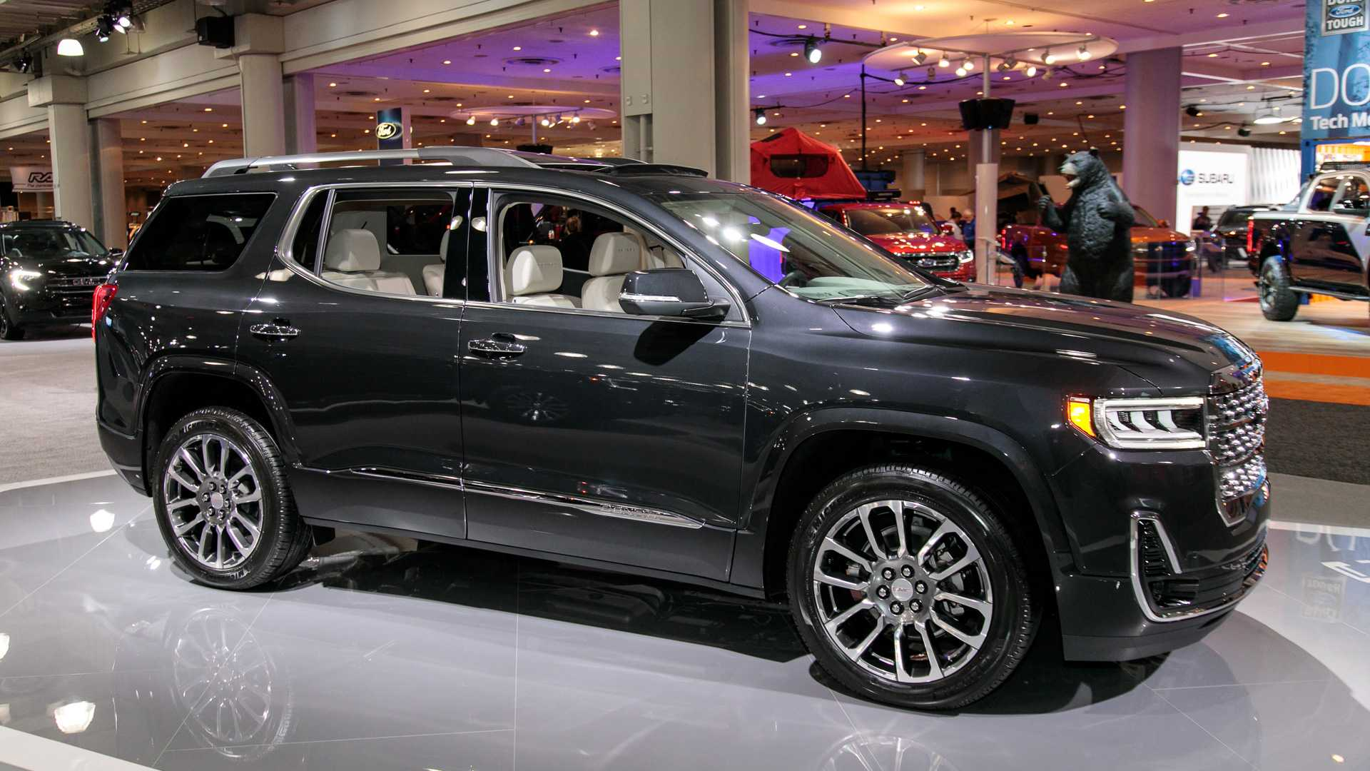 2020 Gmc Acadia Live Photos 4047895